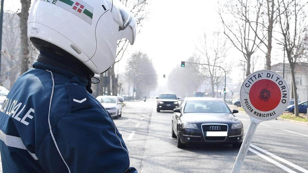 Piemonte: dal 15 ottobre stop ai diesel fino all'Euro 3 in 33 Comuni metropolitani.